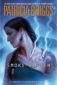Carolyn Cushman Reviews <b>Smoke Bitten</b> by Patricia Briggs and <b>Bears Behaving Badly</b> by MaryJanice Davidson